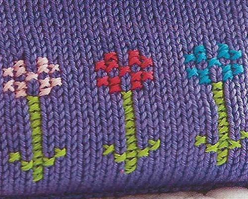 вышивка крестом по полотну связанному спицами рукоделие для дома